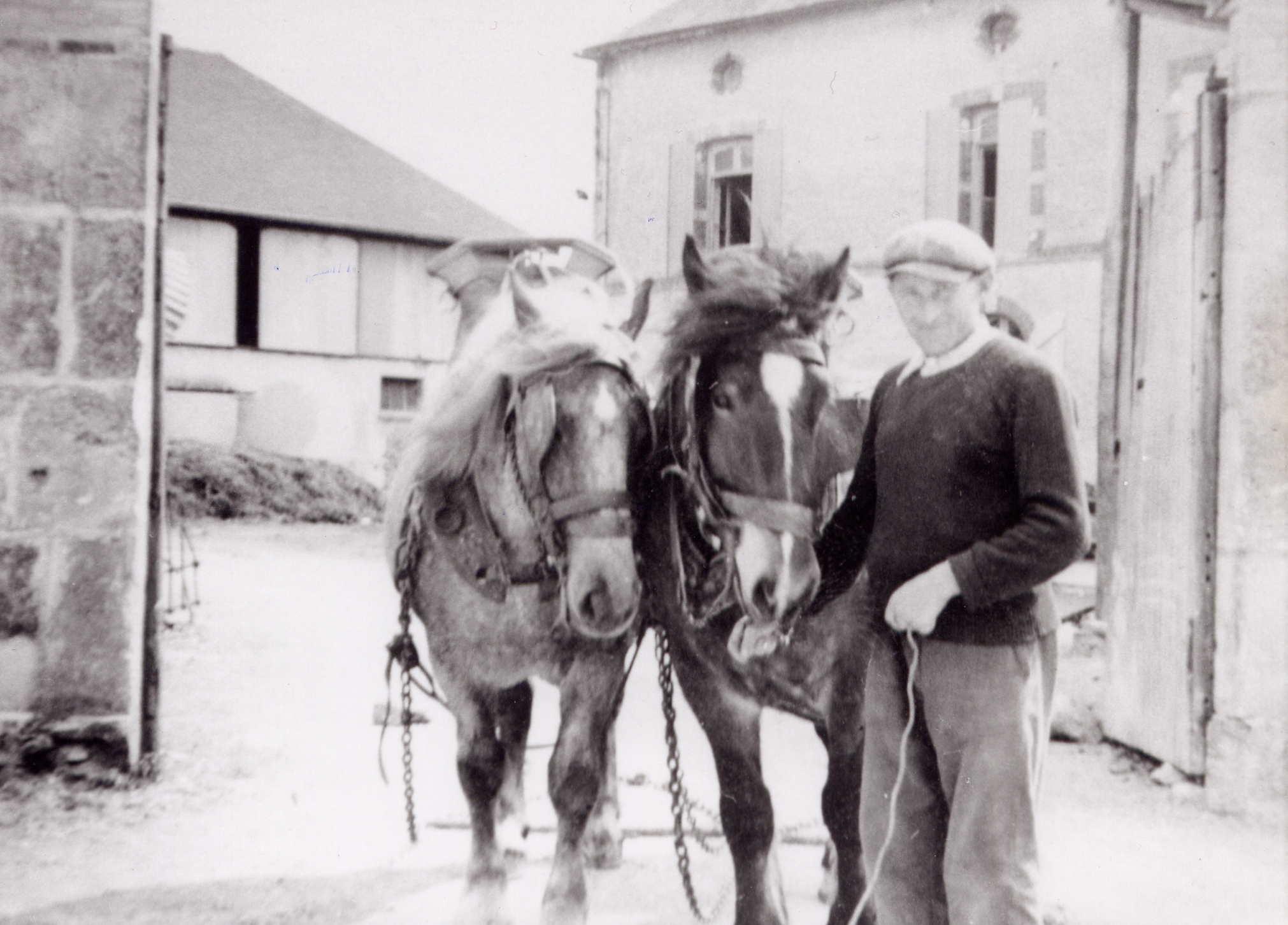 Mon père qui a distillé les Armagnacs des années 80  Au Petita à Perquie, Alambic Dargelos